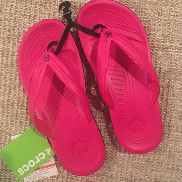 30a9ed3d7196 Crocband Flip Flops